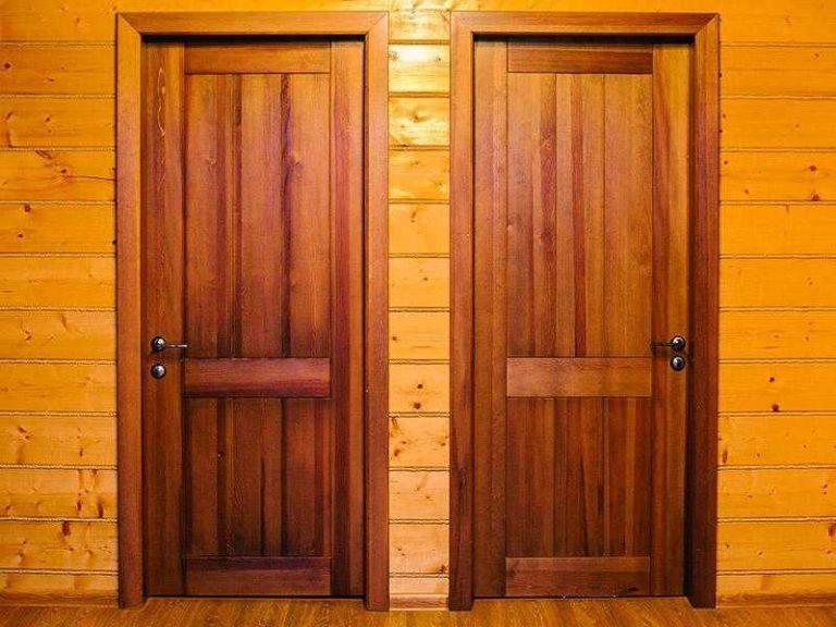 Гладкие двери из массива сосны